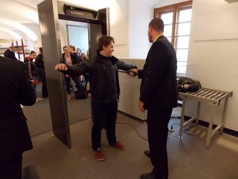 Při vstupu na Pražský hrad