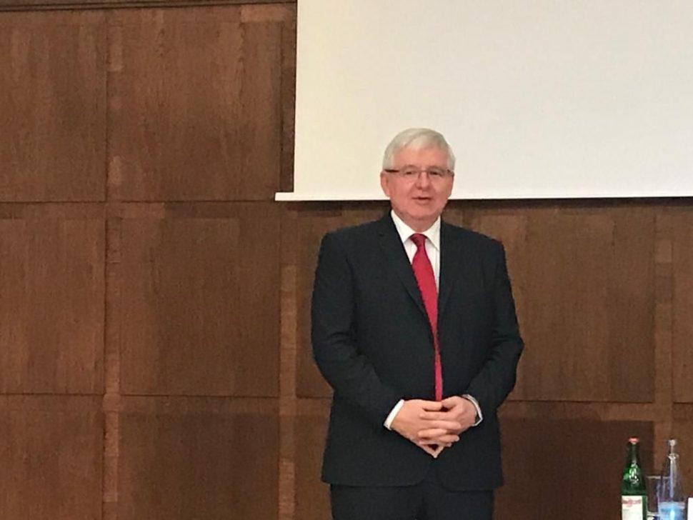 Ekonomka v ČNB - přednáška Jiřího Rusnoka